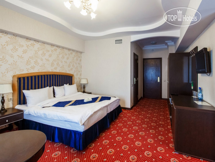 Фото отеля Moscow Holiday Hotel 4*