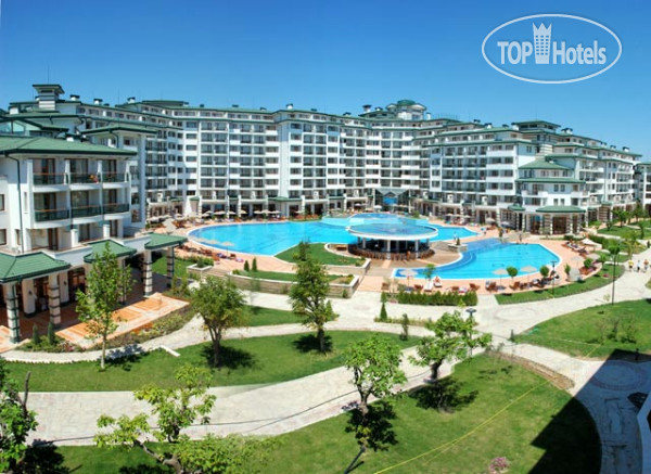 Emerald Beach Resort Spa & Apartments 5*