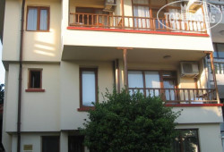 Katerkovi Guest House 2*