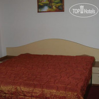 Фото отеля Aristokrat Guest Rooms No Category