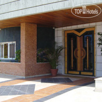 Фото отеля Royal Bay Suites 5*