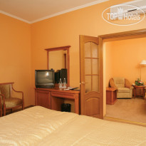 Фото отеля Hotel Dnipro 4* Junior Suite Superior