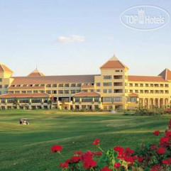 Hilton Pyramids Golf Resort 5*