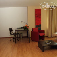 Фото отеля Holiday Inn Express Medellin 4*