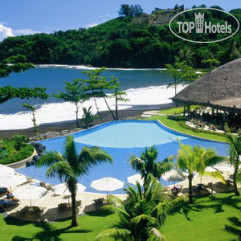 Radisson Plaza Resort 4*