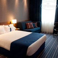 Фото отеля Holiday Inn Express Warsaw Airport 3*
