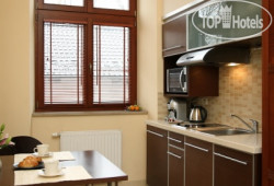 Red Brick Apartments 4*