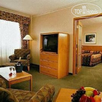 Фото отеля Delta Edmonton South Hotel and Conference Centre 4*
