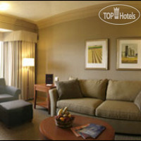 Фото отеля Mayfield Inn & Suites West Edmonton 3*