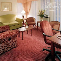 Фото отеля SpringHill Suites Old Montreal 3*