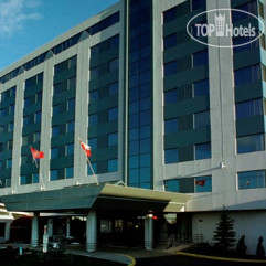 Crowne Plaza Montreal Airport 4*