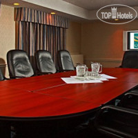 Фото отеля Quality Hotel Downtown Ottawa 3*
