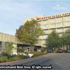 Crowne Plaza Toronto Don Valley