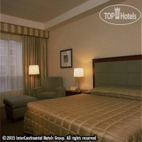 Фото отеля Holiday Inn Toronto Midtown 4*