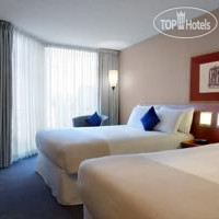 Фото отеля Novotel Toronto North York 3*