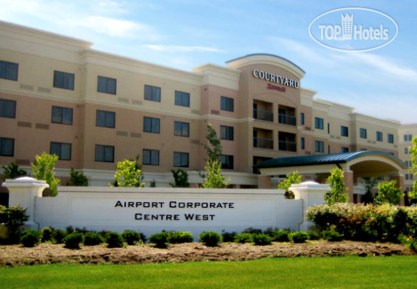 Courtyard Mississauga-Airport Corporate Centre West 3*