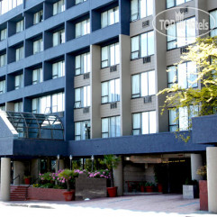 Quality Hotel Downtown-Inn at False Creek 3*