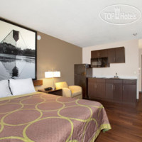 Фото отеля Super 8 Winnipeg East MB 3*