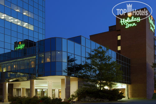Holiday Inn Halifax Harbourview 3*