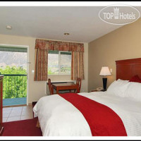 Фото отеля Riverland Inn & Suites 3*
