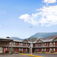 Фото отеля Super 8 Kamloops East 3*