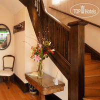 Фото отеля Fisher House Victoria Bed & Breakfast 4*