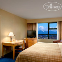 Фото отеля Four Points by Sheraton Vancouver Airport 4*