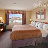 Фото отеля Days Inn Vancouver Airport 3*