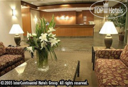 Holiday Inn International Vancouver Airport 4*