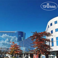 Radisson President Hotel & Suites Vancouver Airport 4*