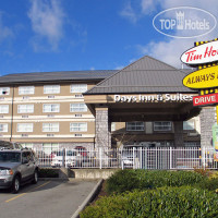 Фото отеля Days Inn And Suites - Langley 3*