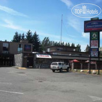 Фото отеля Howard Johnson Hotel Port Alberni 2*