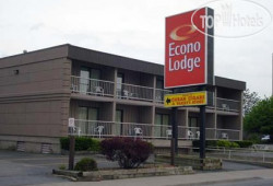 Econo Lodge By the Falls 2*