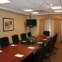 Фото отеля Hampton Inn & Suites by Hilton Guelph 2*