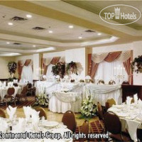 Фото отеля Holiday Inn Select Oakville 4*