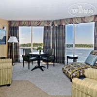 Фото отеля Best Western Lakeside Inn & Conference Centre 2*