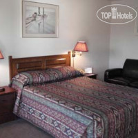 Фото отеля Howard Johnson Inn Fort Erie 2*