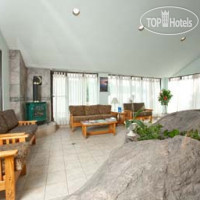 Фото отеля Howard Johnson Inn - Gravenhurst 2*