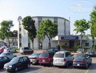 Howard Johnson Kitchener Conestoga 3*