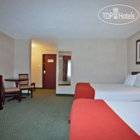 Фото отеля Holiday Inn Express Red Deer 2*