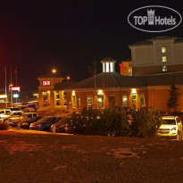 Фото отеля Executive Royal Inn Hotel and Conference Centre 4*