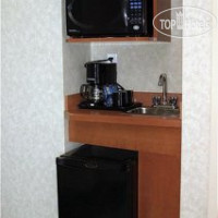 Фото отеля Holiday Inn Express Hotel & Suites Calgary 4*