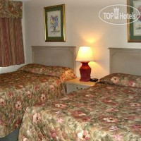 Фото отеля Howard Johnson Inn Woodstock NB 2*