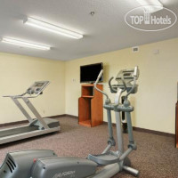 Фото отеля Days Inn And Suites - Thompson 2*