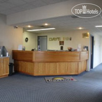 Фото отеля Days Inn - Swift Current 2*
