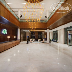 Holiday Inn Baku 4*