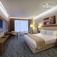 Фото отеля Holiday Inn Baku 4*
