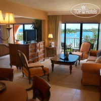 Фото отеля Grotto Bay Beach Resort 3*