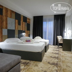 Hollywood Hotel 4*