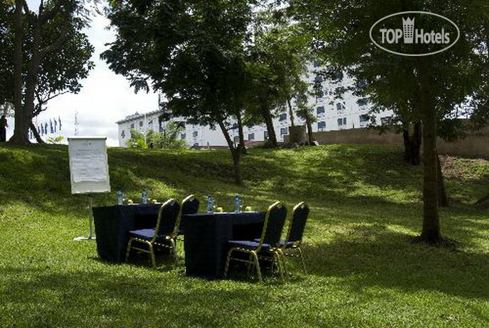 Фото отеля Golden Tulip Kumasi City 4*